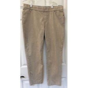 Chicos Platinum Womens Cropped Pants Size 3 L **